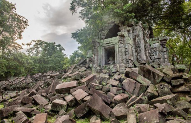 Ruins Temples of Beng Mealea Cycling Tour